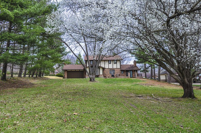 10544 Alswell Court Sunset Hills MO 63126